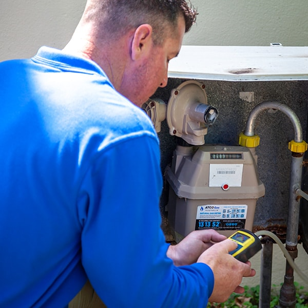 emergency hot water and gas repairs 1
